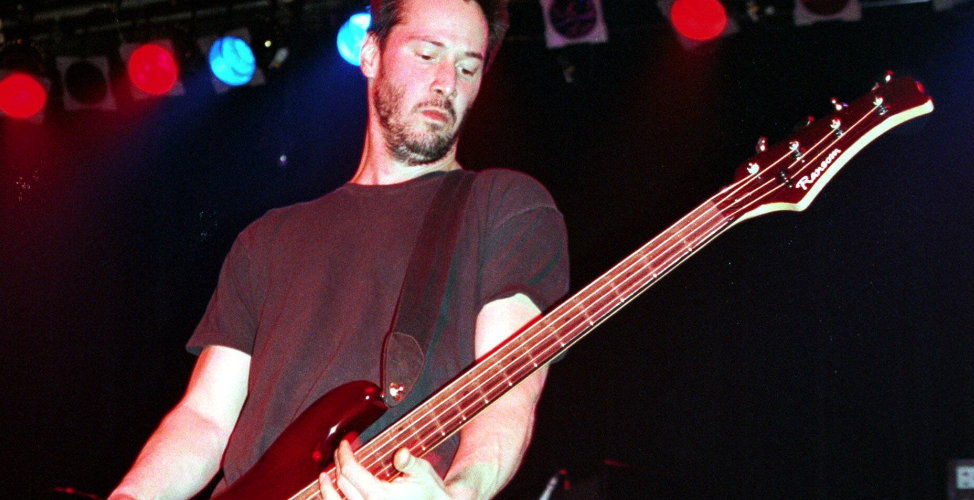 Keanu Reeves: ex-bassisted'un groupe de rock